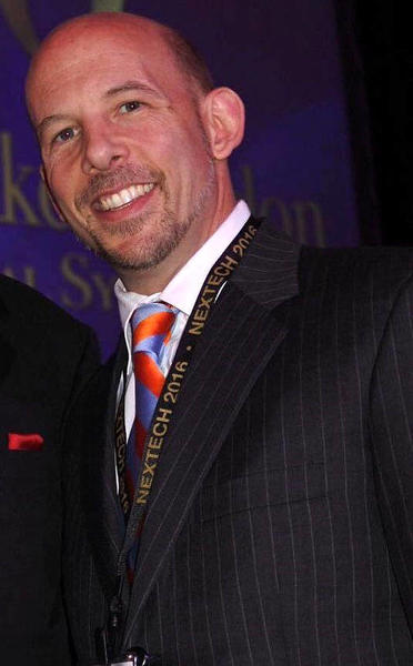 dr jonathan banks plastic surgeon
